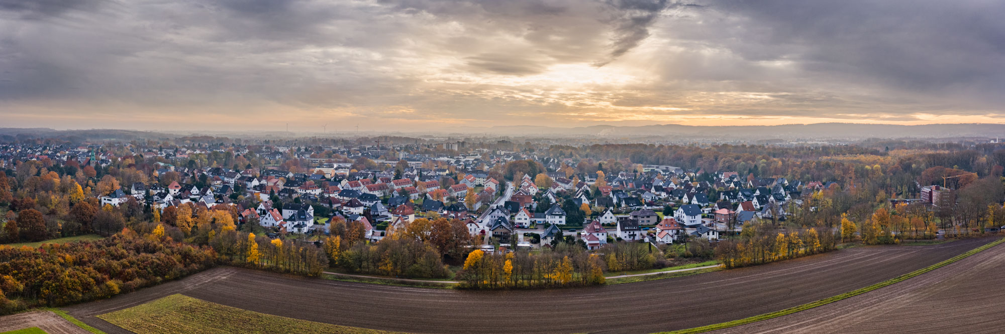 Autumn sky over Bielefeld Heben in November 2019.