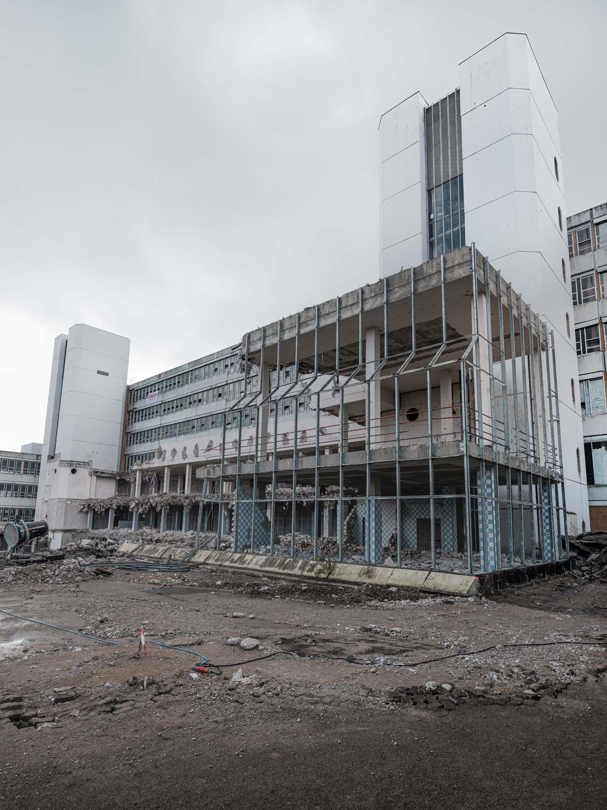 End of an era. Demolition of the canteen of Bielefeld University in July 2020 (Bielefeld, Germany).